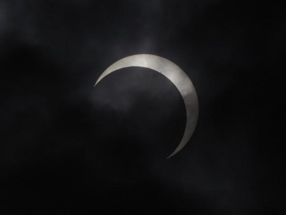 部分日食+黒点