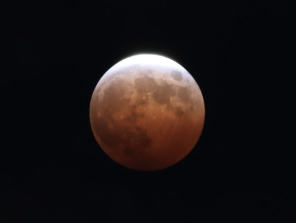 LUNAR_ECLIPSE-03